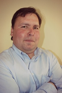 Максим Деркач